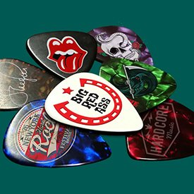 Printed guitar plectrums and tins